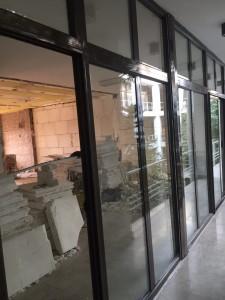 1 3 225x300 - درب و پنجره آلومینیوم تک ودوجداره - نرمال و ترمال بریک