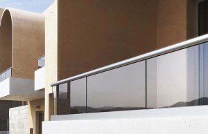 2 300x194 - نرده شیشه اختصاصی آلومینیوم